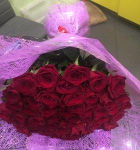 Букет 51 бордовая роза