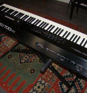 Синтезатор Roland RD 700NX