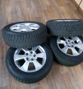 Комплект шин Bridgestone Blizzak VRX