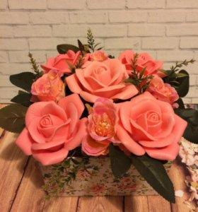 Подарочная коробка цветов из мыла