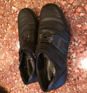 Туфли на мальчика размер 26