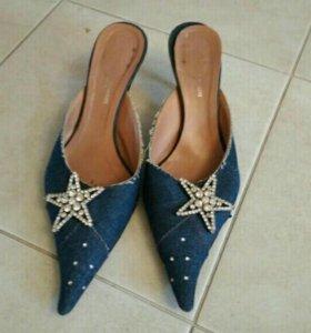 Джинсовые туфельки со стразами
