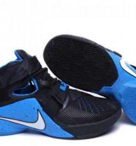 Кроссовки для баскетбола Nike Zoom Soldier 9