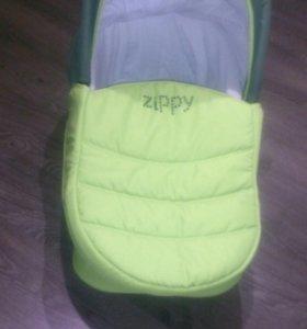 Коляска zippy в практически новая, торг уместен