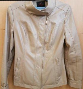 Куртки/толстовки