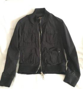 Стильная мужская куртка.