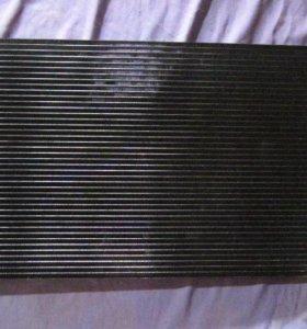 Радиатор кондиционера на Audi Ауди