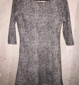 Платье 1000₽