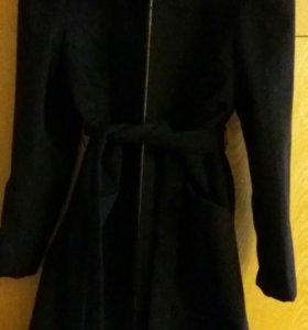 48-52 р Новое пальто.