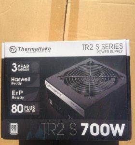 Блок питания Thermaltake 700W (новый, гарантия)