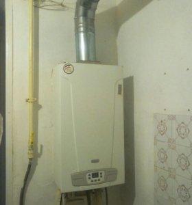 Газовоотопительный и водонагревательны котел бакси