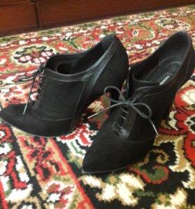 Туфли осенние закрытые