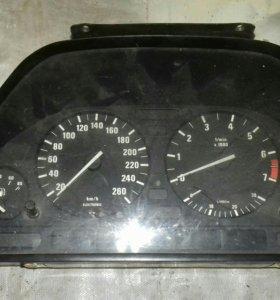 Панель приборов БМВ 525i