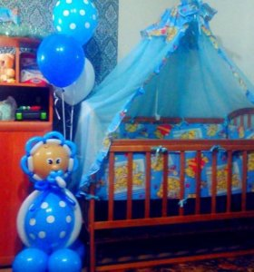 Детская кровать маятник с матрацем ,бортиками