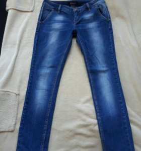 Платья, джинсы