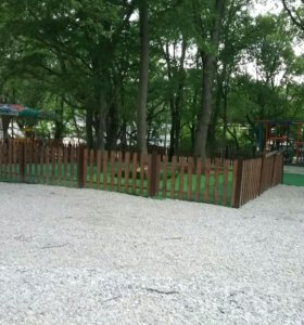 Штакетный деревяный забор