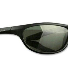 Очки поляризационные Wychwood BLK Wrap Smoke Lens