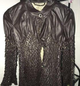 Фирменная куртка от Ernanno Scervino