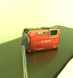 Panasonic LUMIX FT-4