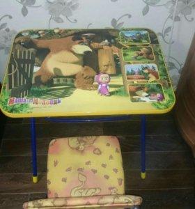 Стол и стул складные.