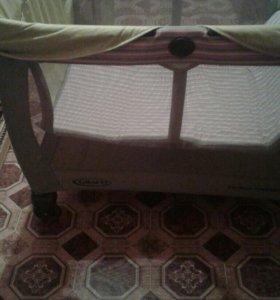 Кровать манеж