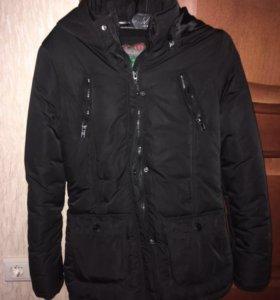 Зимняя куртка на синтепоне