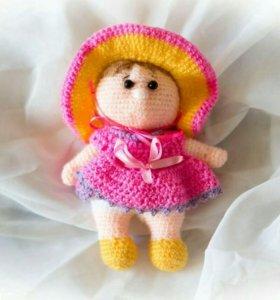 Вязаная кукла пупсик ручной работы