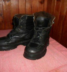 Зимние ботинки из чистой кожи.