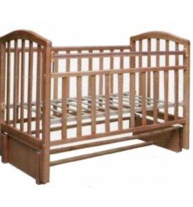 Продам детскую кроватку с матрацем