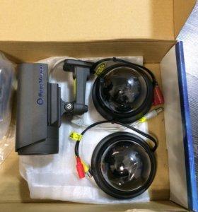 Камеры видеонаблюдения + видеорегистратор,новые