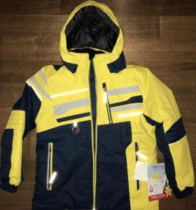 Новая зимняя куртка Obermeyer. На мальчика 7-8 лет