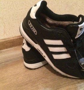 Новые зимние кроссовки с мехом