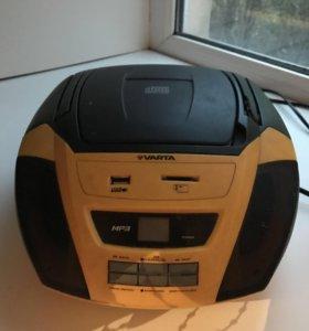 Магнитофон: MP3, USB разъём, радио