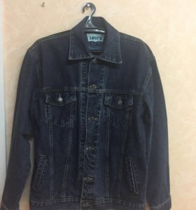 Джинсовая куртка - мужская
