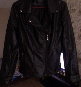 Куртка косуха в хорошем состоянии