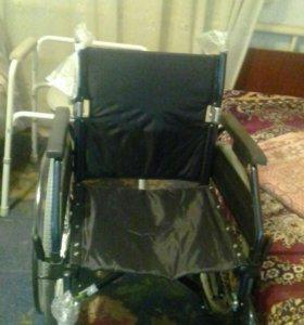 Коляски инвалидная
