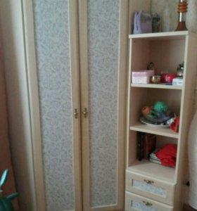 Гарнитур спальний