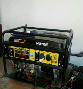 Генератор HUTER бензиновый 5 кв.