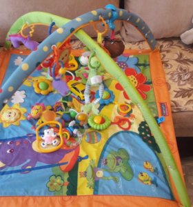Tiny love развивающий коврик + погремухи и игрушки