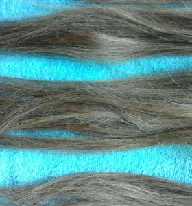 Натуральные пряди волос