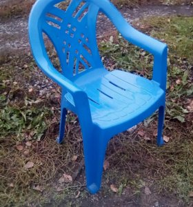 Кресло- стул пластиковый