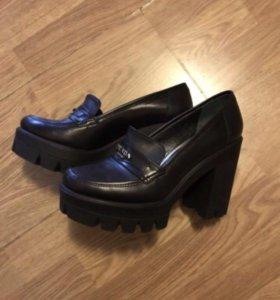 Туфли Prada 37