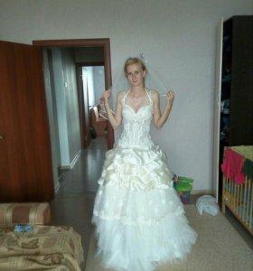 Свадебное платье. Новое