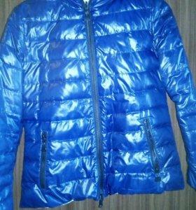 Куртка зимняя,двухсторонняя,в хороше состоянии