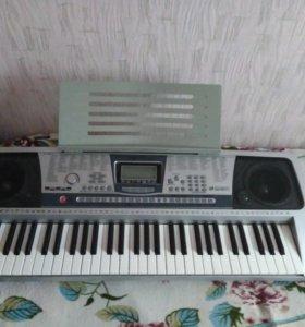 Синтезатор Denn DEK895