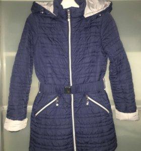 Куртка демисезонная на девочку рост 134-140
