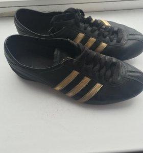 Кроссовки Adidas. Оригинал