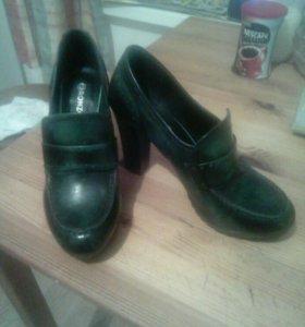 Туфли 37 новые