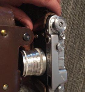 Фотоаппарат ФЭД-2, в коробке.