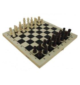 Шахматы деревянные лакированные с доской 29x14.5